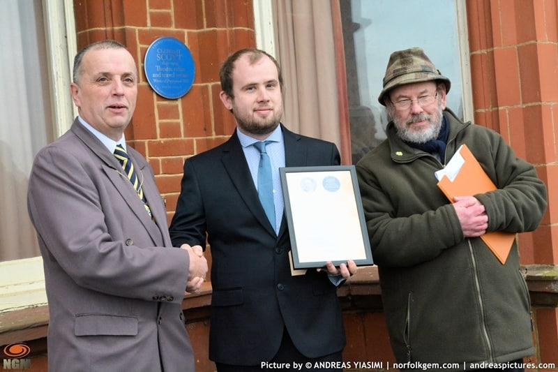 Blue plaques unveiling in Cromer picture Andreas Yiasimi (28)