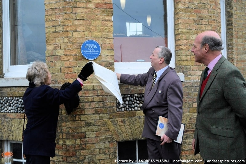 Blue plaques unveiling in Cromer picture Andreas Yiasimi (41)