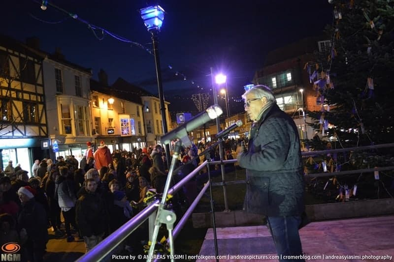 Cromer Christmas lights switch on picture Andreas Yiasimi (156)