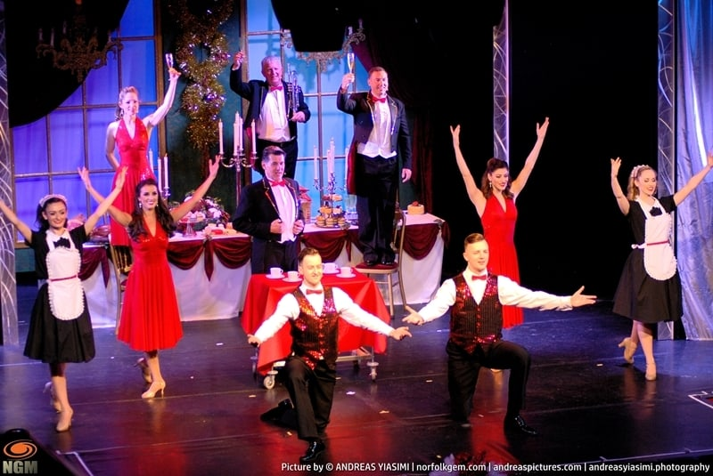 Cromer pier Christmas Show picture Andreas Yiasimi (11)