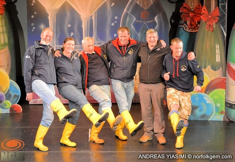 Marlenes School of Dance and RNLI tapping for World Record