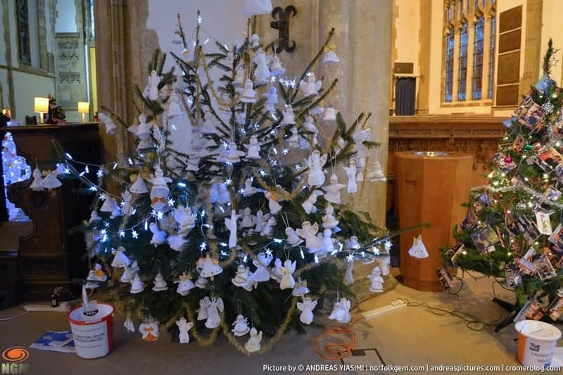 Cromer Christmas Wreath Tree and Nativity Festival picture Andreas Yiasimi (20)
