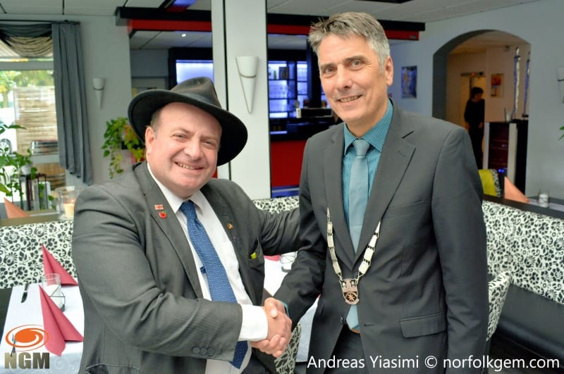 Andreas Yiasimi meets mayor of Nidda, Hans-Peter Seum, during a twinning visit to Germany.